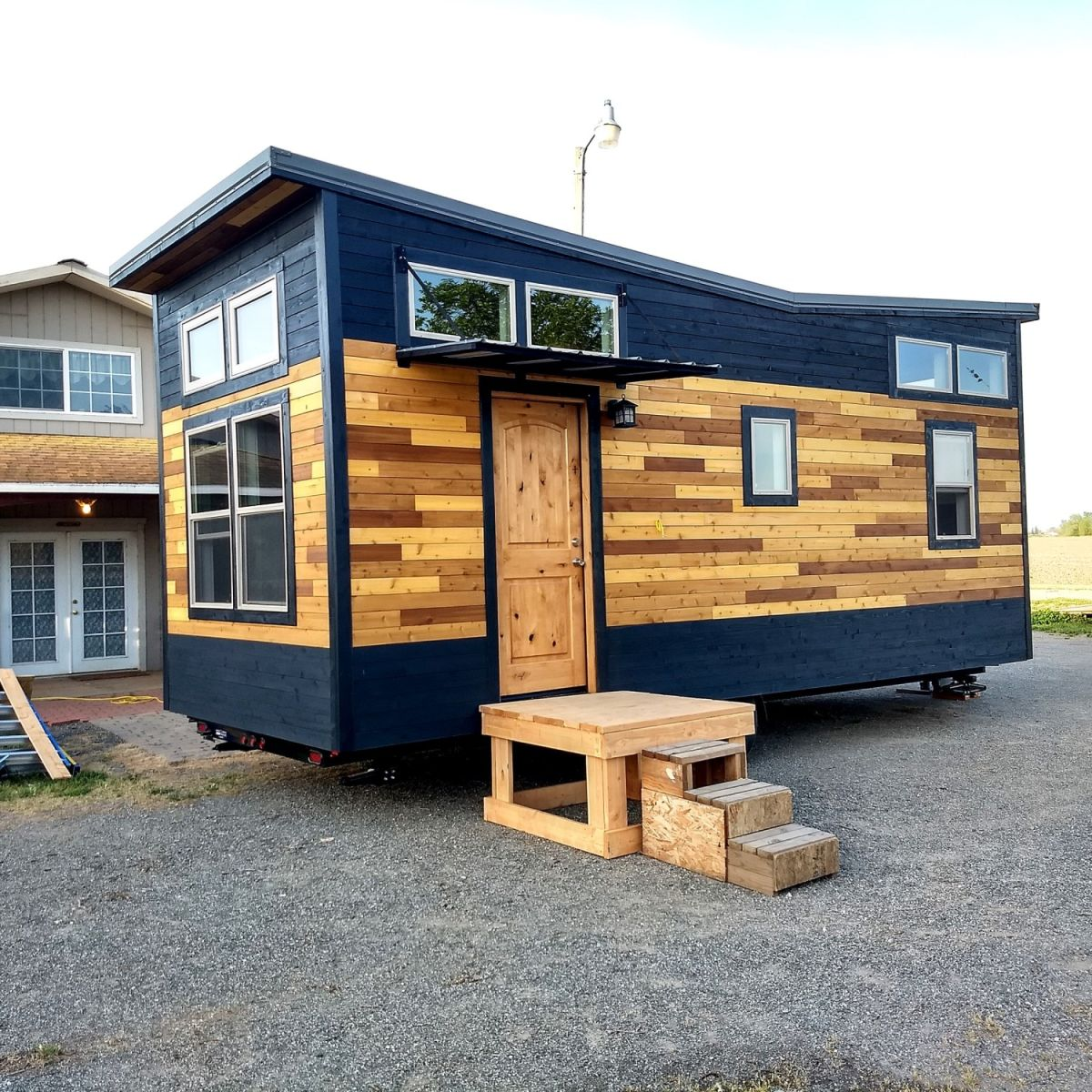 Tiny Home Designs: Contemporary Tiny House