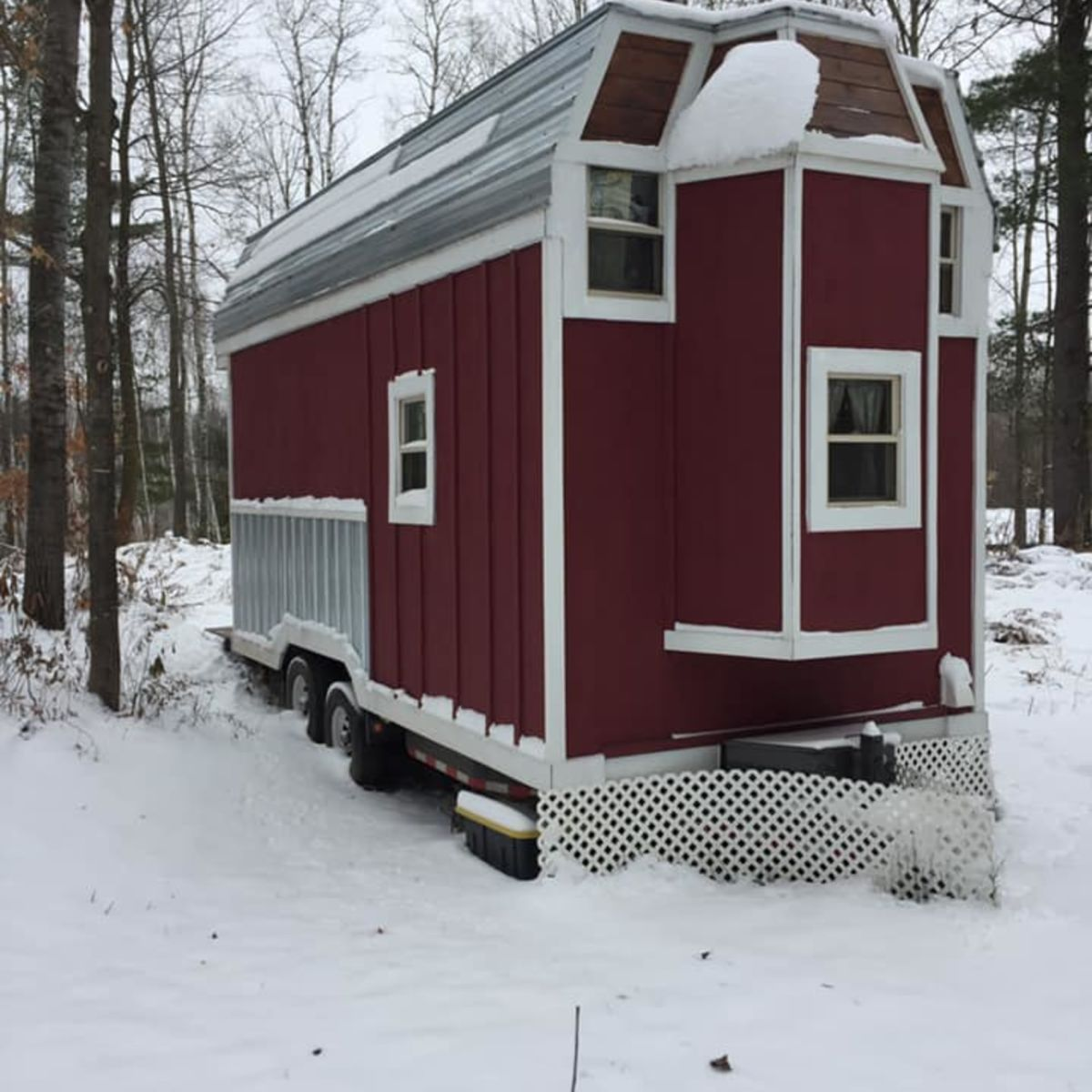 Cozy 8x20 Tiny Home On Wheels Tiny House For Sale In Cumberland Wisconsin Tiny House Listings