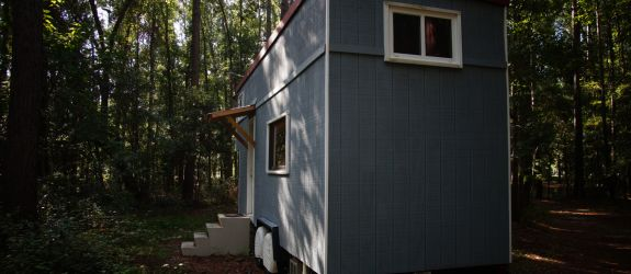 Beautiful 27' Tiny house on 24' Trailer