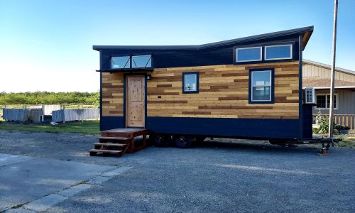 Tiny Houses For Sale In California (US). The OUTLANDER   Low / No VOC  Interior   SIPs Constructed   PREMIUM
