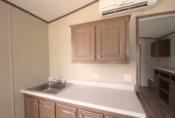 Tiny house direct tiny house for rent in commerce texas for Tinyhousedirect com