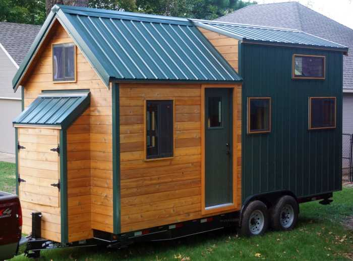 tiny house on wheels for sale in midtown tulsa tiny house for sale in tulsa oklahoma tiny. Black Bedroom Furniture Sets. Home Design Ideas