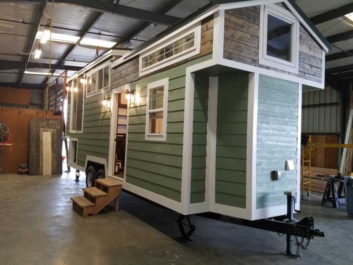28 Tiny House With Unique Layout Tiny House For Sale In