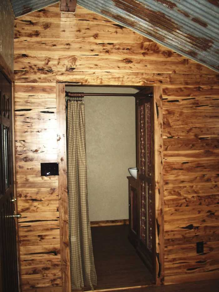 Cute Rustic Cabin Tiny House For Sale In Medina Texas