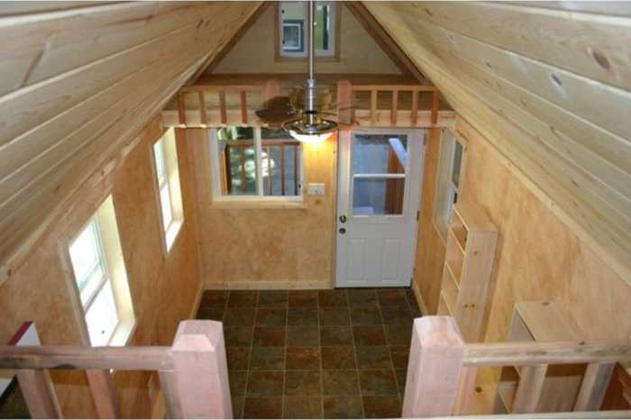Tiny House, Two Loft Bedrooms - Tiny House For Sale In San