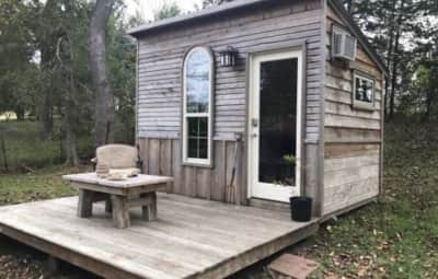 10 000 Usd Or Less Tiny Houses By Tiny House Listings