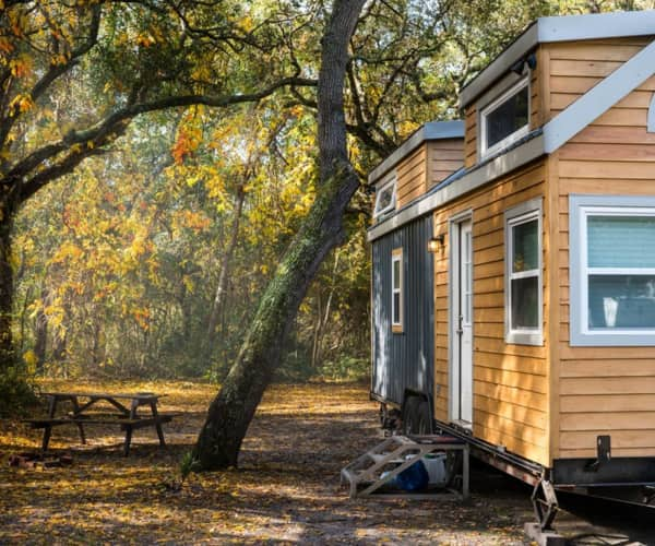 Spaciously smart 28 tiny house for a family little bitty tiny house for sale 48000
