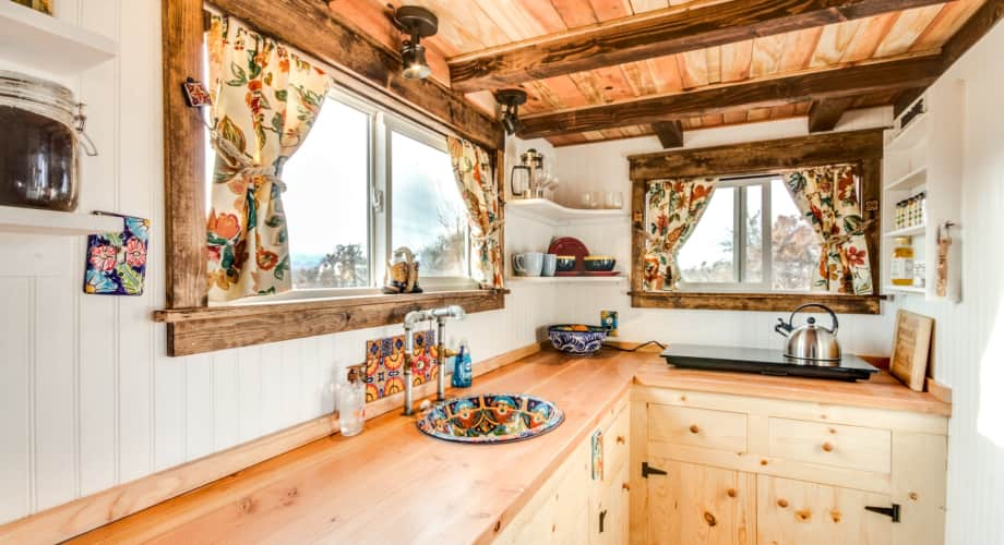 Tiny House Las Vegas >> Affordable Tiny Home Tiny House For Rent In Las Vegas Nevada