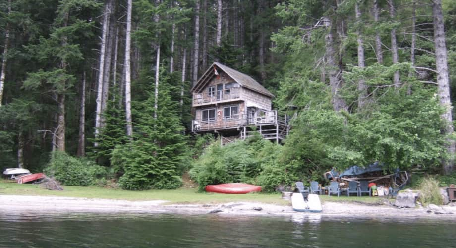 Off Grid Cabin Quadra Island Bc Lakefront Tiny House For