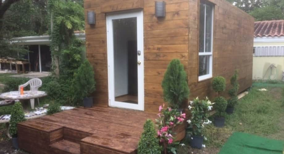 Mini House Shipping Container Tiny House For Rent In