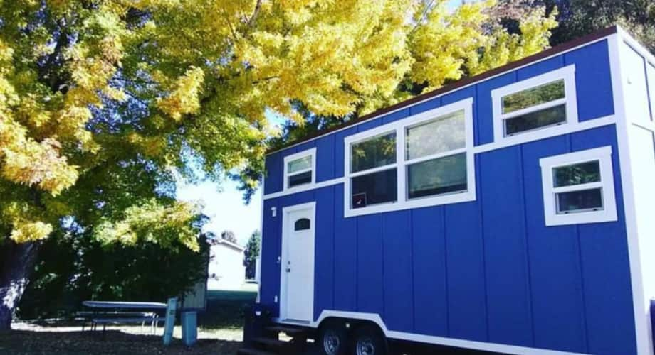 Rv Certified 24 Ft Blue Tiny House Tiny House For Sale