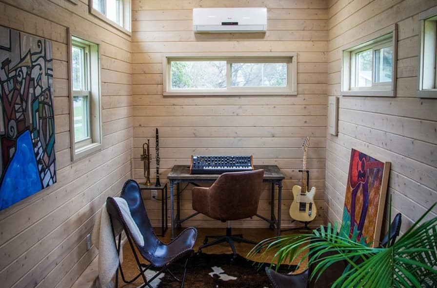 Incredible Tiny Home Studio Office Tiny House For Sale In Austin Texas Tiny House Listings Download Free Architecture Designs Barepgrimeyleaguecom