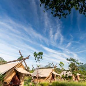 Ayutthaya & Mae Klong ab Bangkok: 1th-lala-mukha-tented-camp-dlx-savannah-tent-04-17