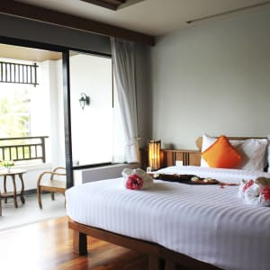Ayutthaya & Mae Klong ab Bangkok: 1th-maehaad-bay-ko-phangan-superior-room2-2015