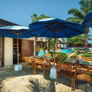 Ayutthaya & Mae Klong ab Bangkok: beach: Hua Hin Aleenta Hua Hin Pranburi Beach Cafe