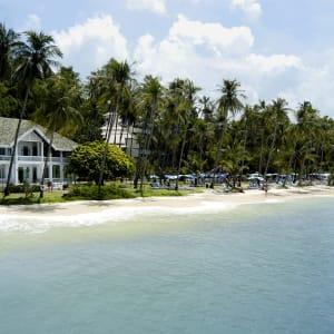 Cape Panwa Hotel in Phuket:  Phuket Cape Panwa Hotel Strand