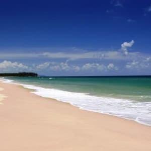 Ayutthaya & Mae Klong ab Bangkok: beach: Thailand Aleenta Phuket Phang Nga Resort & Spa Strand