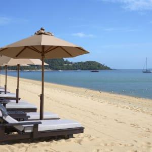 Ayutthaya & Mae Klong ab Bangkok: beach: Thailand Bo Phut Resort and Spa Strand