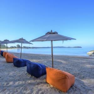 Ayutthaya & Mae Klong ab Bangkok: beach: Thailand Kalima Resort & Villas Khao Lak Strand