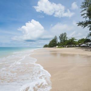 Ayutthaya & Mae Klong ab Bangkok: beach: Thailand Layana Resort & Spa Layana Beach