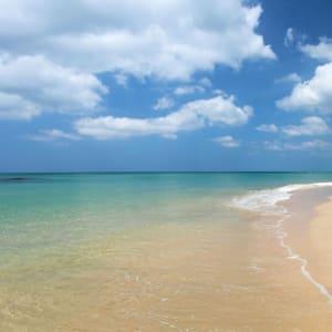 Ayutthaya & Mae Klong ab Bangkok: beach: Thailand Santhiya Phuket Natai Resort & Spa Strand
