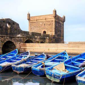 Höhepunkte Marokkos ab Casablanca: Essaouira Blaue Boote im Hafen