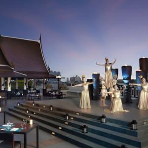 Ayutthaya & Mae Klong ab Bangkok: exterior: Bangkok Anantara Riverside Bangkok Resort Terrasse