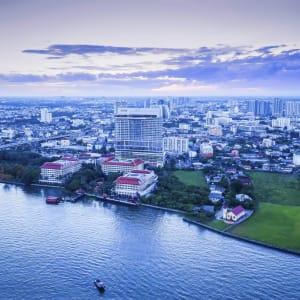 Ayutthaya & Mae Klong ab Bangkok: exterior: Bangkok AVANI+ Riverside Bangkok Hotel