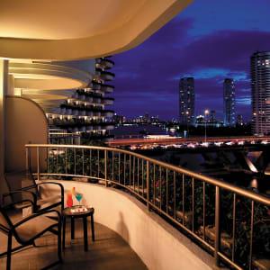 Ayutthaya & Mae Klong ab Bangkok: exterior: Bangkok Shangri-La Hotel Bangkok