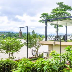 Ayutthaya & Mae Klong ab Bangkok: exterior: Chiangkhong Teak Garden Riverfront Hotel