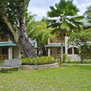 Indian Ocean Lodge in Praslin:  Praslin Indian Ocean Lodge Garten