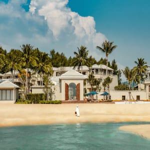 Ayutthaya & Mae Klong ab Bangkok: exterior: Thailand Devasom Khao Lak Beach Resort & Villas