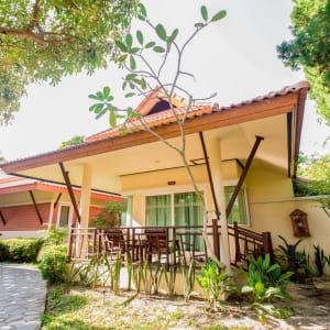 Ayutthaya & Mae Klong ab Bangkok: exterior: Thailand Ko Chang Paradise Resort & Spa