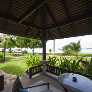 Ayutthaya & Mae Klong ab Bangkok: exterior: Thailand Layana Resort & Spa Beach Villa