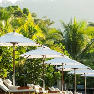 Ayutthaya & Mae Klong ab Bangkok: exterior: Thailand Layana Resort & Spa Garten