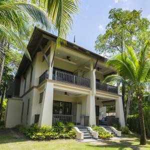 Ayutthaya & Mae Klong ab Bangkok: exterior: Thailand Layana Resort & Spa Grand Garden Pavilion