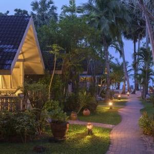 Ayutthaya & Mae Klong ab Bangkok: exterior: Thailand Paradise Beach Resort Samui