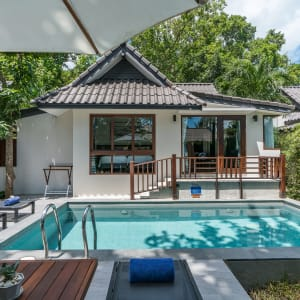 Ayutthaya & Mae Klong ab Bangkok: exterior: Thailand Peace Resort 2 Bedroom Seabreeze Villa