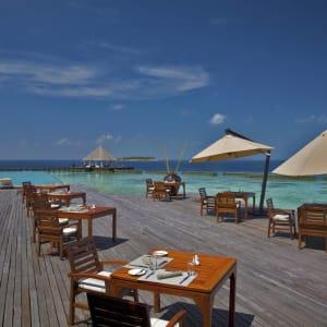 Coco Bodu Hithi in Malediven:  Malediven Coco Bodu Hithi Air Restaurant