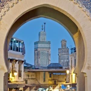 Königsstädte & Küste im Mietwagen ab Casablanca: Fez Bab Bou Jeloud