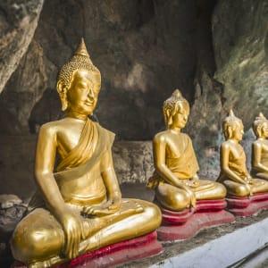 Von Nord-Thailand nach Laos auf dem Mekong ab Chiang Mai: Laos Luang Prabang Pak Ou Höhle