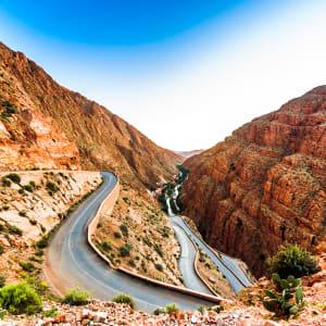 Südmarokko - Atlas & Wüste ab Marrakesch: Marokko Dades Schlucht Serpentinen