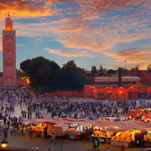 Höhepunkte Marokkos ab Casablanca: Marrakesch Djemma El Fna