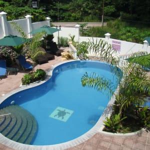 Hannemann Holiday Residence in Mahé:  Seychellen Hannemann Holiday Residence Pool