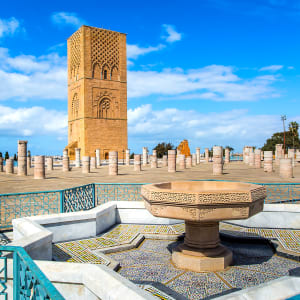 Königsstädte & Küste im Mietwagen ab Casablanca: Rabat Hassan Turm