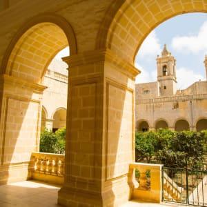 Stadtrundfahrt Rabat, EN, Halbtägig: Rabat Kirche Saint-Dominic