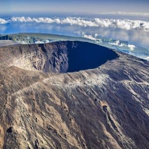 Höhepunkte La Réunion ab Küstenregion: Reunion Piton de la Fournaise Krater