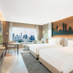 Pathumwan Princess in Bangkok:  Bangkok Pathumwan Princess Hotel Deluxe Classic Twin Zimmer