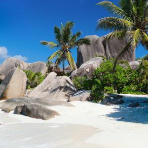 Islandhopping im Garten Eden (4 days/3 nights) ab Praslin: Seychellen Strand