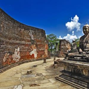 Auf neuen Wegen ab Colombo: Sri Lanka Polonnaruwa Tempel